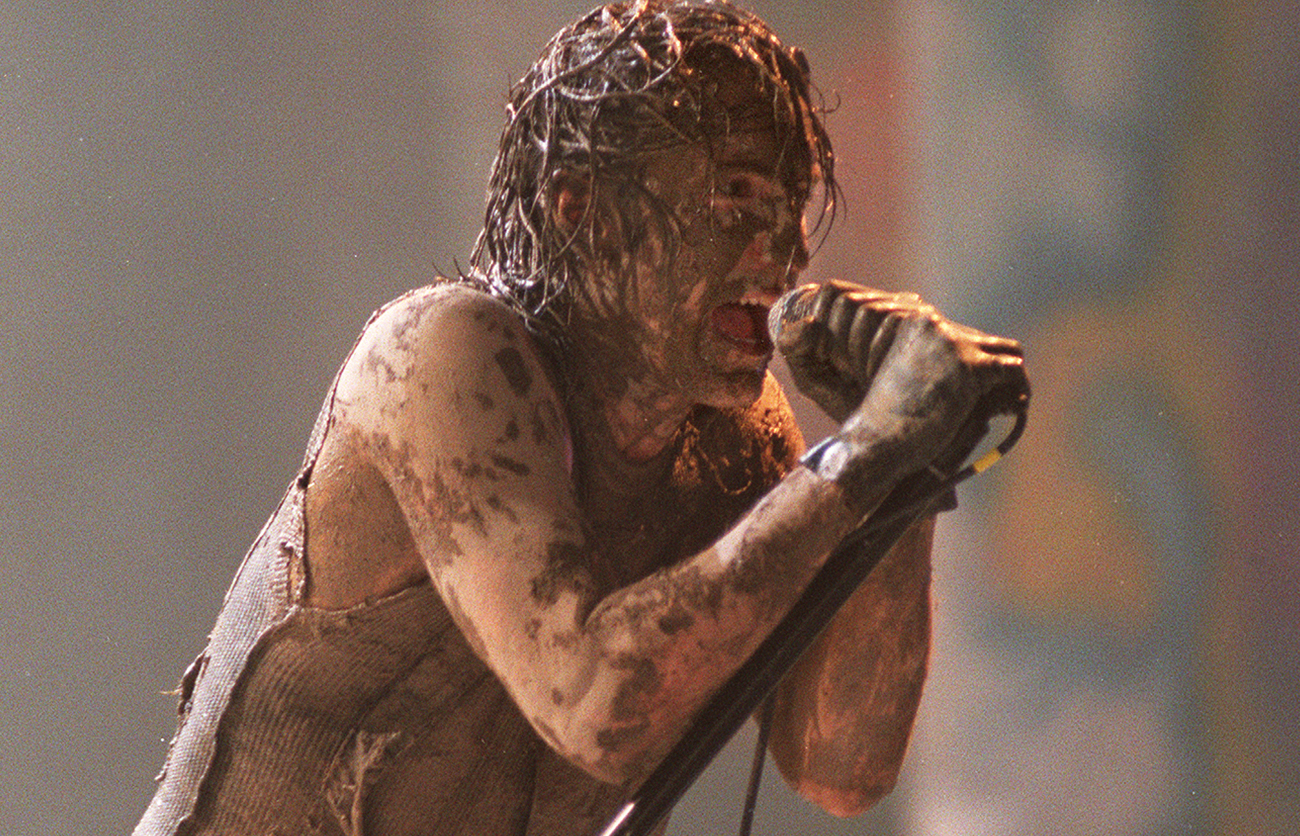 A Look Back at Nine Inch Nails\' Career-Defining Woodstock \'94 ...