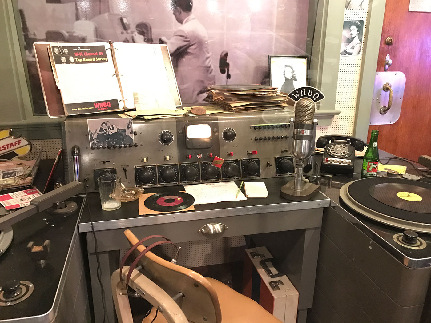 dewey phillips radio sun studio